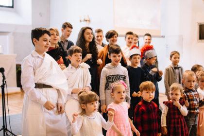 Wielkanocny występ dzieci